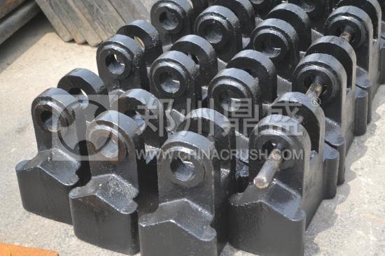 郑州long8 vip注册生产的篦冷机锤头