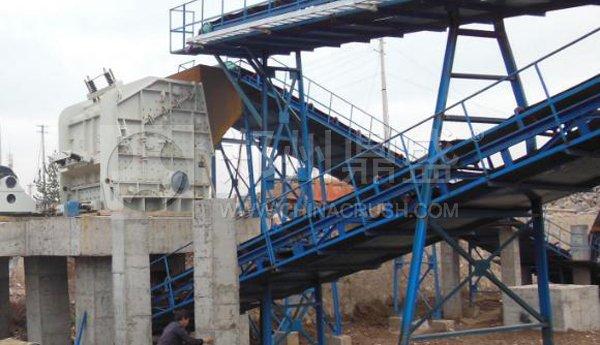 PF1820反击式破碎机服务于辽宁嘉义建材日产一万吨砂石骨料生产线现场