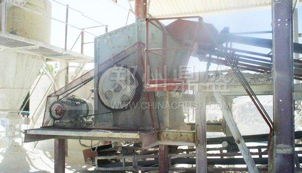 图:DPX35单段细碎机作业于南非硅酸盐long8龙8首页生产线