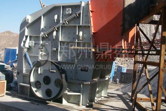 司总承包建设的石灰石制砂生产线设备安装现场-建一条中小型制砂生