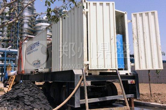 移动式污泥压干机