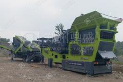 成套移动式破碎机和筛分站在北京完成交付,等待投产